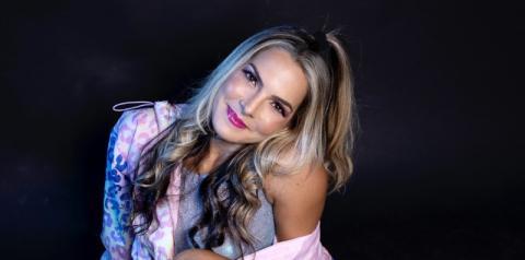 Iludida Eu, de Silvana Salazar, é sucesso nas plataformas digitais