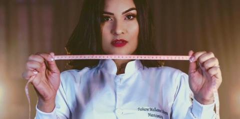 FABIANE MALHEIROS, A NUTRICIONISTA QUE SUPEROU A SI MESMA E CONQUISTOU O SEU SONHO