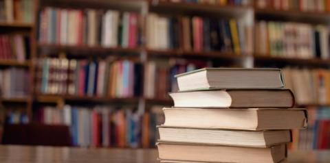 Com quatro lugares vagos há três anos, Academia Francesa de Letras reclama da falta de candidatos