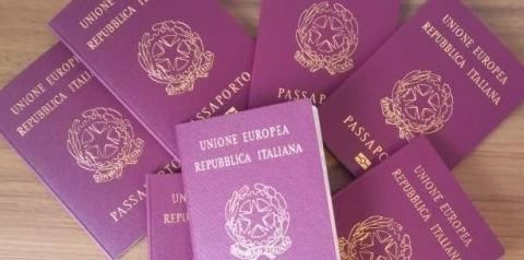 Aumenta emissão de passaportes italianos em Joinville
