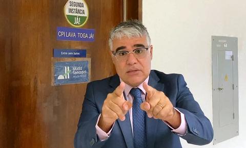SENADOR PEDE IMPEACHMENT DE MINISTRO DO STF