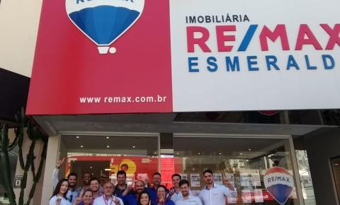 RE/MAX Esmeralda completa 1 ano