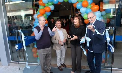 Credifoz inaugura unidade pioneira no país a atender aos sábados e aos cooperados Viacredi
