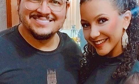 Cantora Letícia Freitas solta vozeirão com Berguinho