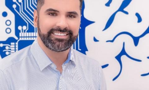 O CONSULTOR DE MARKETING ERIC COLINI TRAÇA ESTRATÉGIAS EM PARCERIA COM EMPRESA DE GESTÃO DE PESSOAS E RECRUTAMENTO
