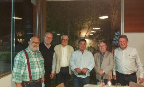 Prefeito de Arapongas se reúne com empresários e representantes da Orchestra Soluções de Gestão