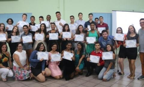 Projeto Geração do Futuro forma mais de 30 alunos