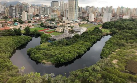 FAACI monitora manchas no Rio Perequê