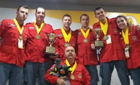 Bombeiros voluntários são campeões em encontro na Colômbia