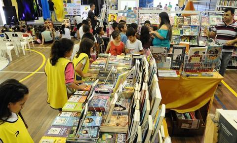 Balneário Piçarras promove 5ª edição da Feira do Livro nesta terça-feira