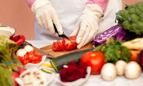 Acibalc promove Curso Online de Boas Práticas para Manipuladores de Alimentos