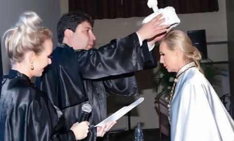 UniAvan empossa Isabel Regina Depiné como 1ª reitora