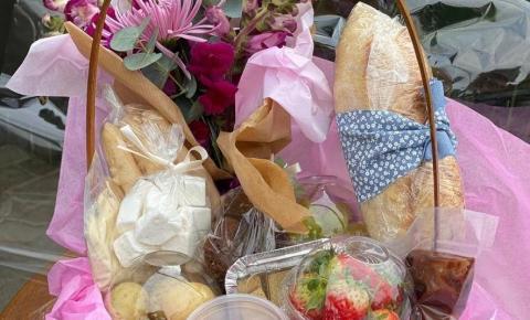 La Cucina Piemontese faz entrega de cestas de fondue para comemoração do Dia dos Namorados
