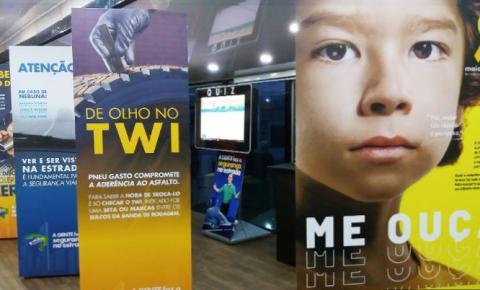 """Colégio Humboldt apoia """"Brasil Caminhoneiro - A gente faz a segurança na Estrada"""", em parceria com a Mercedes-Benz"""